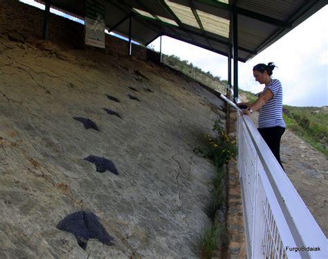 RUTA DE LOS DINOSAURIOS: LA RIOJA   FurgoBidaiak