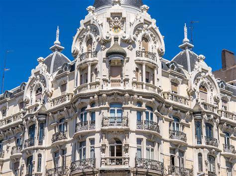 Ruta por los edificios modernistas más bonitos de Madrid