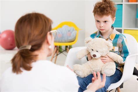 ᐅ ¿Cómo funciona un psicólogo infantil? ️ » Cómo Funciona