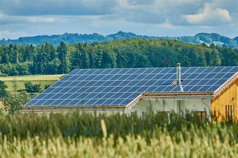 ¿Sabes cuáles son los beneficios de las energías renovables?