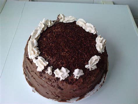 Sabor Casero: Tarta de chocolate rellena de nata y mascarpone