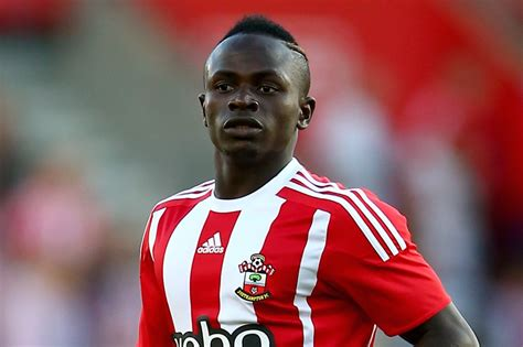 Sadio Mane: Liverpool set to beat Manchester United to ...
