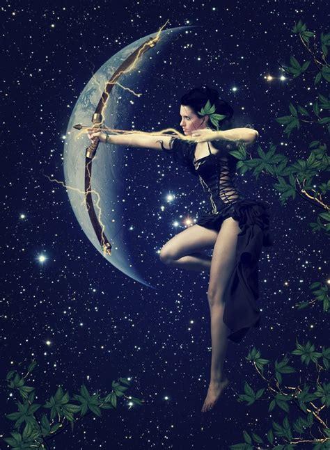 Sagittarius Moon | Tatuajes de sagitario, Arte sagitario y ...