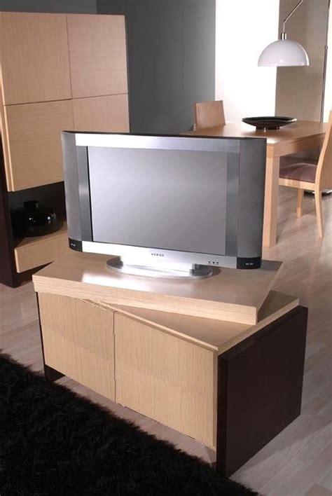 Salón con mueble para TV giratorio Muebles Antoñán