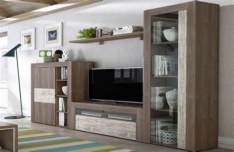 Salón moderno con vitrina, bodeguero y mueble tv ...
