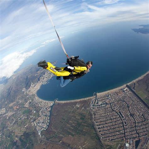 Salto en paracaidas PLATINIUM en Empuriabrava  Girona