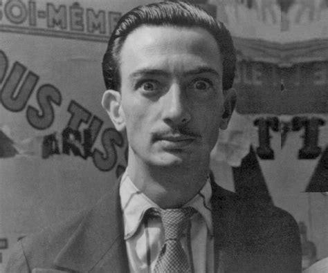 Salvador Dali Biography   Childhood, Life Achievements ...