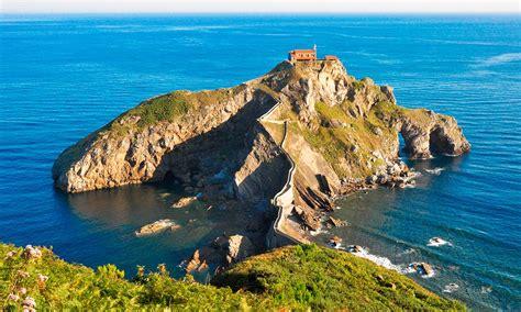 San Juan de Gaztelugatxe, un castillo de roca sobre el mar ...