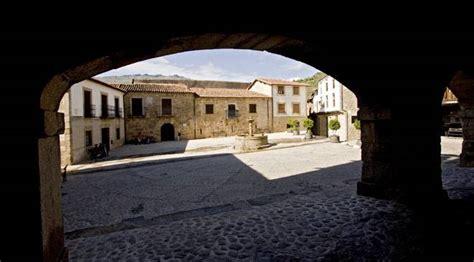 San Martín de Trevejo: cultural tourism San Martín de ...