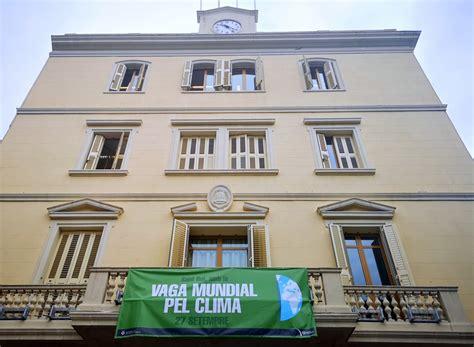 Sant Boi se tiñe de verde con motivo de la Huelga Mundial ...
