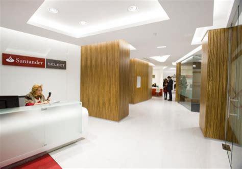 Santander España inaugura las nuevas oficinas  Smart Red ...