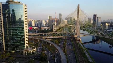   São Paulo: A cidade mais moderna da América latina ...