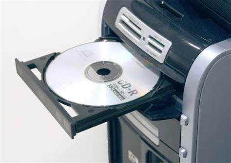 Saving data to a CD