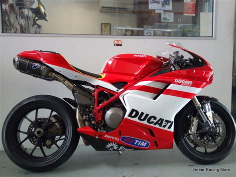 SBK Motoworks: Ducati 848 @ Linear Racing Store
