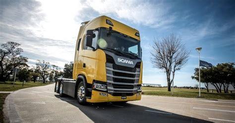 Scania entrega S 500 para centro de formação de motoristas ...