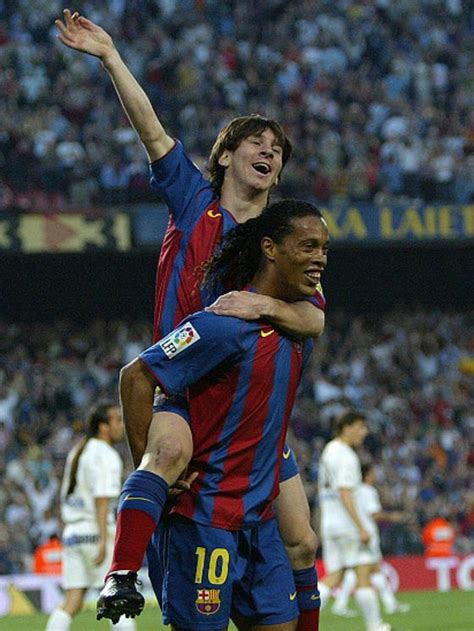 """Con Messi me dije, ahí viene el monstruo"": Ronaldinho ..."