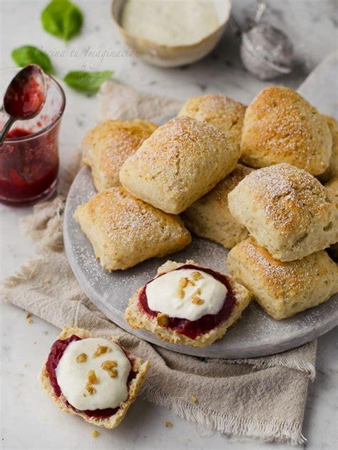 Scones de buttermilk, deliciosos panecillos ingleses ...