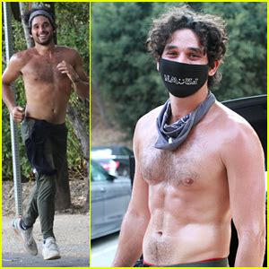 'DWTS' Pro Alan Bersten Shows Off Shirtless Body While ...
