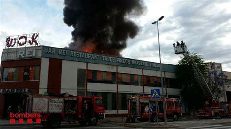 Se incendia un restaurante 'wok' en Cornellà de Llobregat