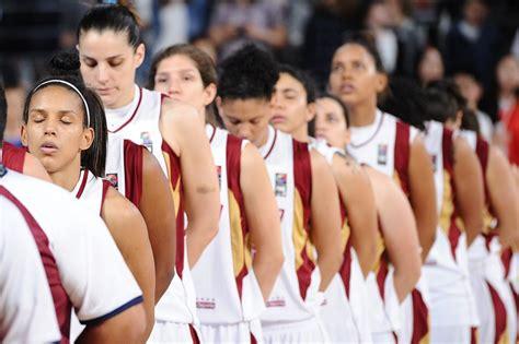 Selección femenina de baloncesto viaja en tandas a Buenos ...