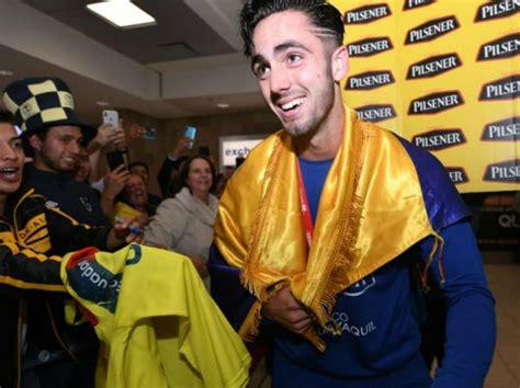 Selección sub 20 de Ecuador arribó a Quito con la copa del ...