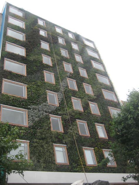 Sérgio Bastos Arquitetura: Fachada Verde