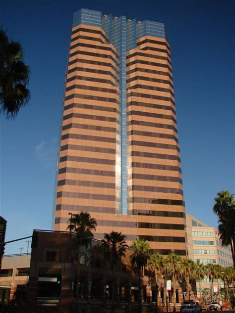 Serviced offices to rent and lease at 1 World Trade Center ...