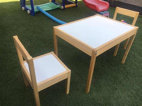 Set Mesa Con 2 Sillas Infantil Marca Ikea   $ 59.990 en ...