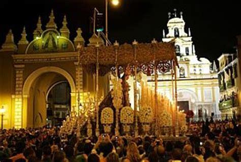 Sevilla vibra en la Madrugá   elmundo.es