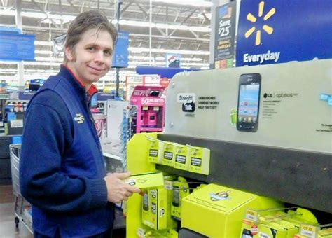 Shoppers brighten their holidays with search for Black ...