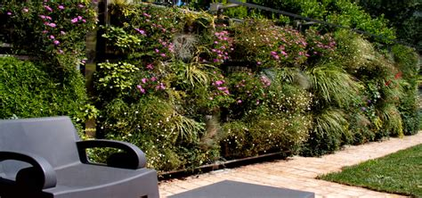 Showroom air garden ii  cerramiento vegetal  air garden ...