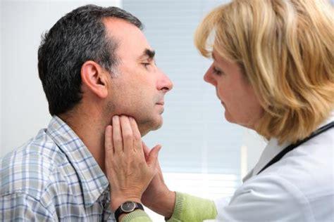 Síntomas y tratamiento de los ganglios del cuello inflamados
