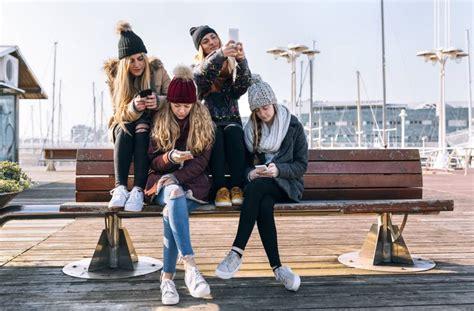 """""""Los jóvenes no quieren aislarse. Acuden a las redes ..."""