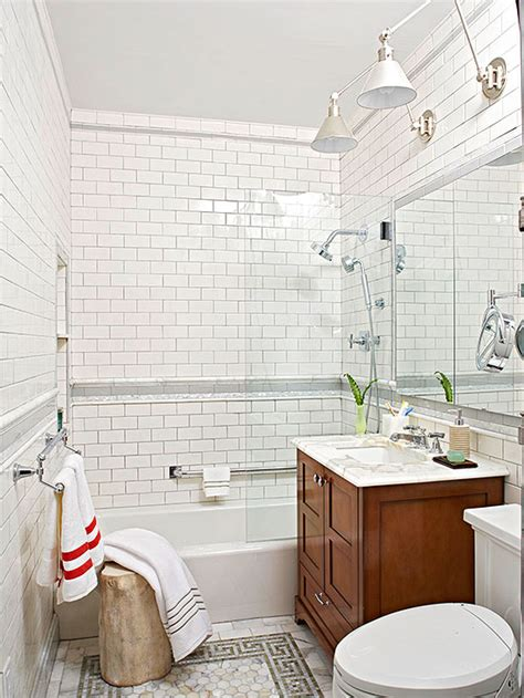 Small Bathroom Decorating Ideas | Better Homes & Gardens