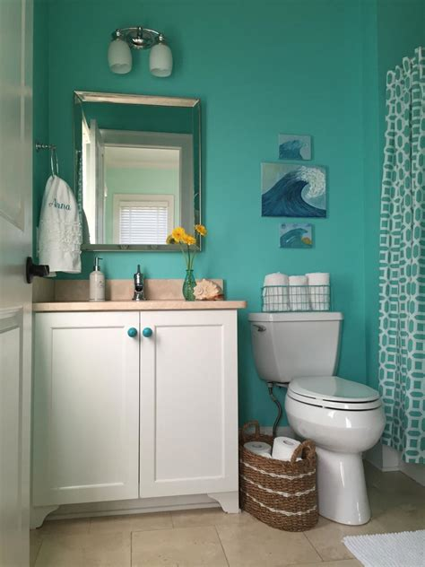 Small Bathroom Ideas on a Budget | HGTV