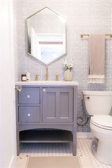 Small Bathrooms Design Ideas 2020   How to Decorate Small ...
