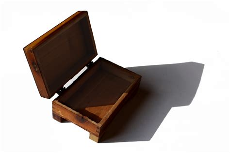 Small Wooden Box with Hinged Lid Picture | Free Photograph ...