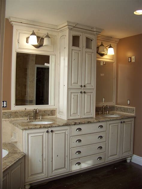 smaller area for double sinks   but I like the storage ...