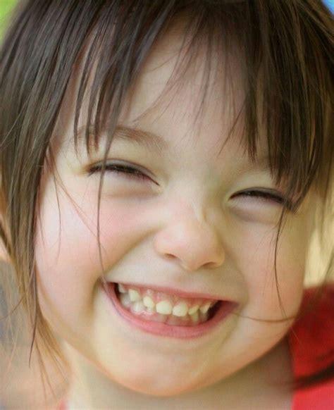 Smile! Sorriso! Sonrisa | Crianças felizes, Crianças ...
