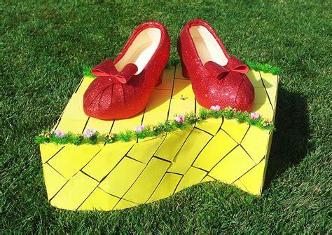"""""""No hay lugar como el hogar"""". El Mago de Oz #menudafiesta ..."""