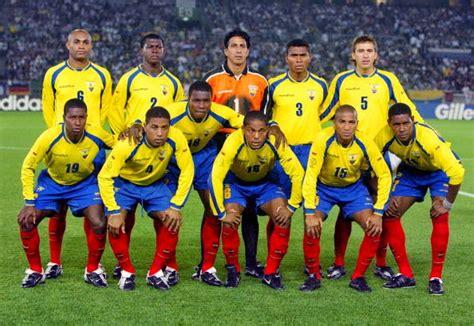 Soccer, football or whatever: Ecuador Greatest All Time Team