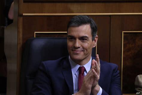 Socialista Pedro Sánchez es investido presidente del ...