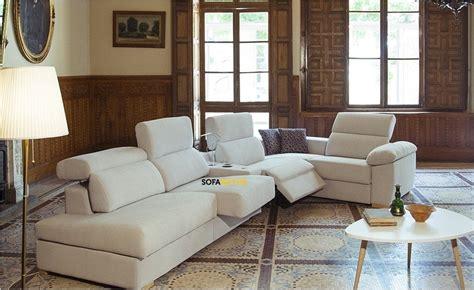 Sofá rinconera a medida con asientos relax eléctricos