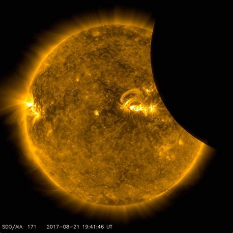 Solar eclipse 2017: Nasa s most stunning photos of the ...