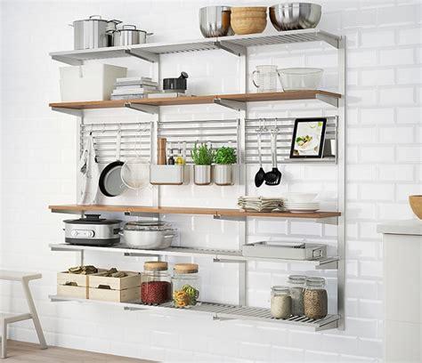 Solución de almacenaje vertical de Ikea para cocinas ...