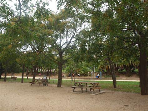 SOM DE PÍCNIC: Zona de pícnic del Parc Can Mercader ...