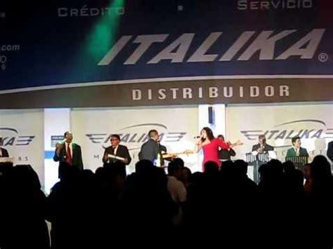 SONORA DINAMITA   Que bello   Italika 2012   YouTube