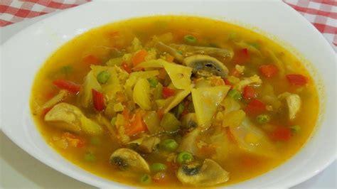 Sopa de verduras con avena un plato muy completo y ...
