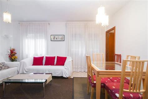 Spacious apartment in the center of L Hospitalet de ...