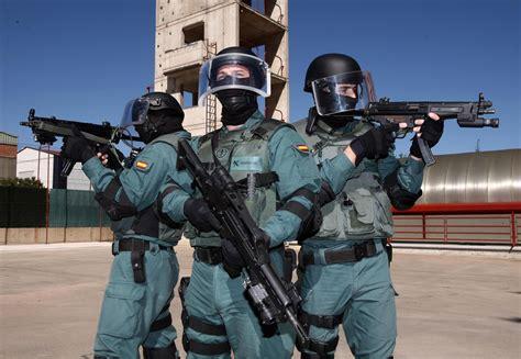 Spain s Guardia Civil Orders New HK G36K & MP5s  The ...